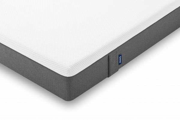 emma-original-mattress-detail-corner-shadow